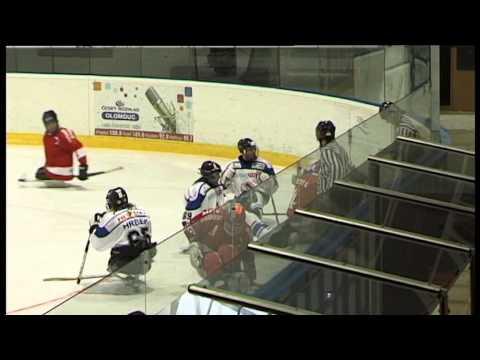 Rvačka ! Sledge hokej Olomouc - Sharks K.Vary (2.2.2014)