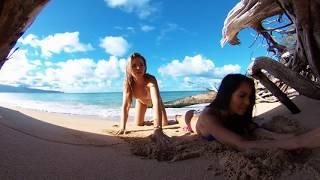 Video Maddy & Morgan Livestream on the Beach in 360 VR MP3, 3GP, MP4, WEBM, AVI, FLV Mei 2019