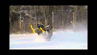 2. Skidoo REV XP MXZ 600 RS catwalk wheelie (stock)