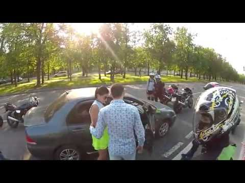 Нападение байкеров на автолюбителя с девушкой.