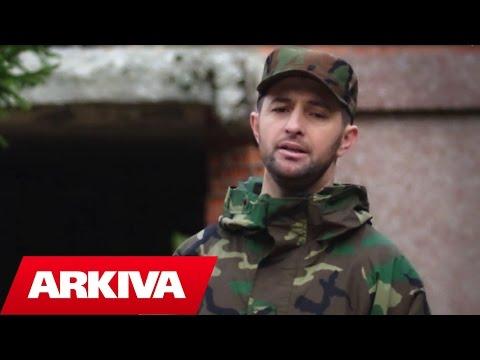 Nipi i Agim Ramadanit i kushton këngë heroit (Video)