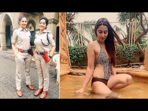 Diya Aur Baati Hum Actress Rishina Kandhari(sandhya)sheds Police Uniform-looks Super Sexy In Bikini!