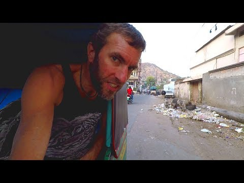 CRAZY INDIAN RICKSHAW RIDE: The Backstreets of Jaipur