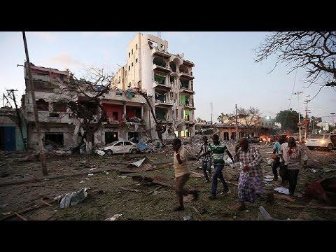 Σομαλία: 10 νεκροί μετά από επίθεση αυτοκτονίας σε ξενοδοχείο