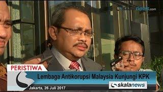 Skalanews.com - Suruhanjaya Pencegahan Rasuah Malaysia (SPRM) atau Malaysia Anti-Corruption Commission (MACC) menyambangi Komisi Pemberantasan Korupsi (KPK) pada Rabu (26 Juli 2017), dalam rangka memperkuat kerja sama.Ketua SPRM, Datuk Dzulkifli Ahmad mengatakan bahwa bentuk kerjasama yang hendak diperkuat dengan KPK antara lain dalam menangani kasus-kasus rasuah lintas negara. Khususnya mengenai aliran dana korupsi yang kerap keluar masuk Indonesia dan Malaysia.[Risman Afrianda]Video: Deni HardimansyahVideo Editing: Danu NugrohoMusic: Motivational and Inspiring