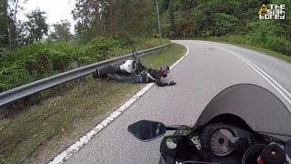 Video Yamaha MT-09 crash at Bukit Tinggi MP3, 3GP, MP4, WEBM, AVI, FLV September 2018