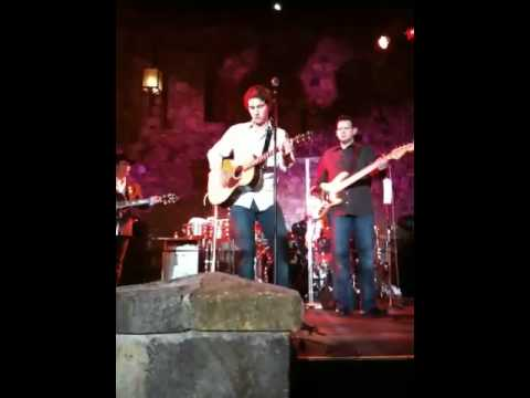 Alex Leach performs with Clay Walker