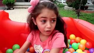 Kids play Restaurant Drive Thru Compilation