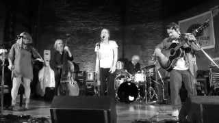 "Fiona Apple & Watkins Family Hour: ""When I Get Low I Get High"" 7.23.2015 (Newport)"