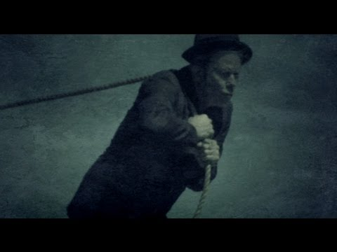 Tom Waits - 'Hell Broke Luce'