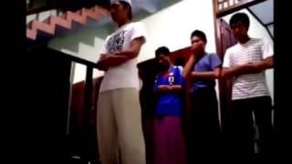Video Makmum Sholat Ketawa MP3, 3GP, MP4, WEBM, AVI, FLV Desember 2018