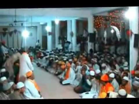 Nizamuddin Auliya Aurangabadi charagha mehfil 2 19.flv