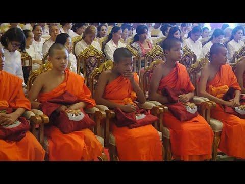 Βουδιστές μοναχοί χειροτονήθηκαν οι μικροί Ταϊλανδοί ποδοσφαιριστές…