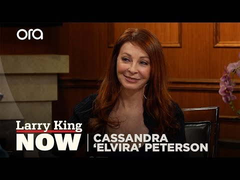 Cassandra 'Elvira' Peterson on Elvis, Funniest Fan Encounter  + Pat Boone on Politics