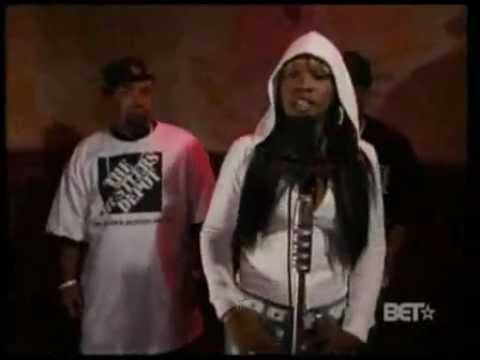 Remy Ma Feat Mack 10 & Red Cafe – Freestyle At Rap City