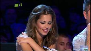 [HQ] Cheryl Cole - Xtra Factor highlights - 22/08/09