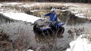 6. Grizzly 700 VS Artic Cat Mud Pro 700! Mudding!