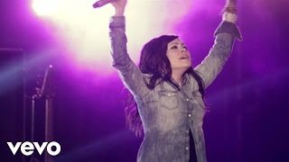Chris Tomlin – Revelation Song (ft. Kari Jobe)