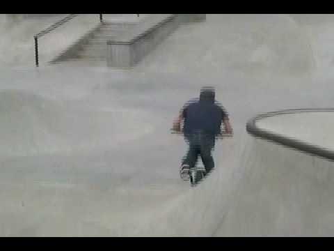 Nienhuis Park (Skatepark & BMX) - Broken Arrow, OK