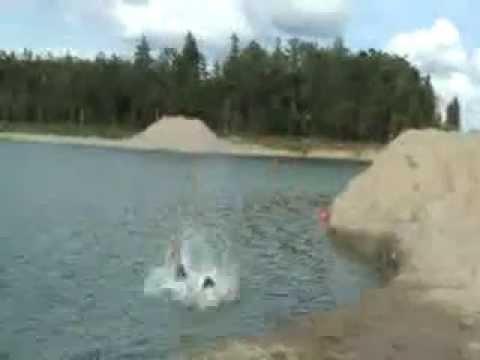 Gamyklinis idegis (water bloopers)