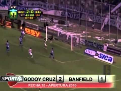 Gabriel Méndez, le marca un golazo a Godoy Cruz