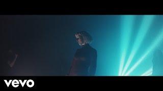 Vaults videoklipp Midnight River