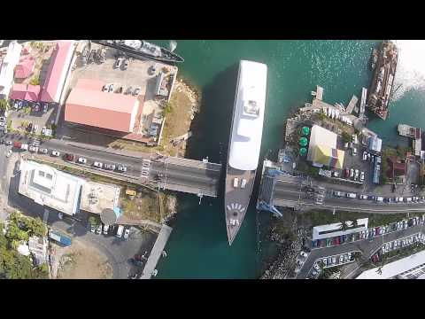Lo Yacht di Steve Jobs, Venus, passa nella Simpson Bay