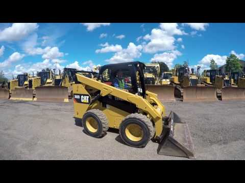 CATERPILLAR MINICARGADORAS 262D equipment video 0IUB3xwuSAQ