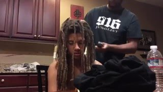 Video Mom Reacts to Teen Cutting off Dreads after 9 Years MP3, 3GP, MP4, WEBM, AVI, FLV Januari 2018
