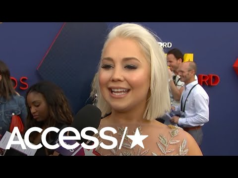 ACM Awards 2018: Raelynn On The Meaning Behind Queens Don't & Blake Shelton's Throwback Performance