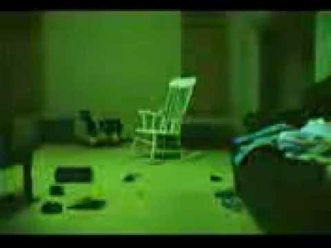 El fantasma que mueve la silla