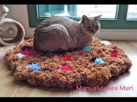 C mo hace una alfombra de pompones manualidades for Alfombras hechas con lana