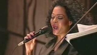 Video Diana Ross  - Amazing Grace MP3, 3GP, MP4, WEBM, AVI, FLV Januari 2019
