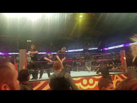 How WWE CHANGES THE RING TO THE CRUISERWEIGHTS