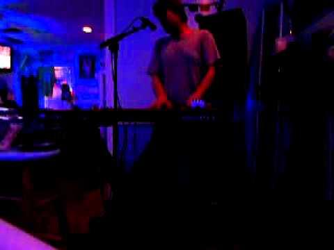 Donnie Sundal Live - Spinning Around