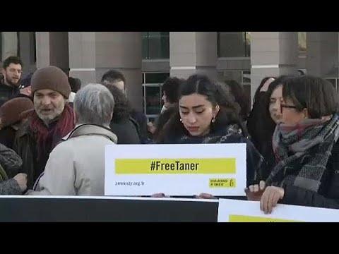 Τουρκία: Ελεύθερος ο ακτιβιστής Τανέρ Κιλίτς
