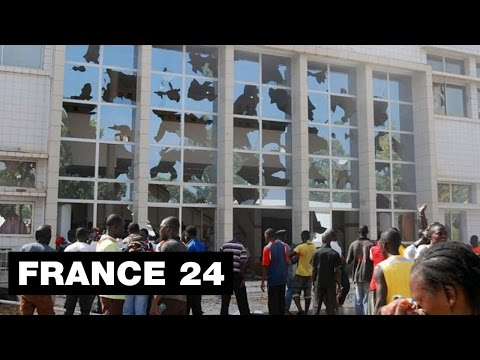 Chaos à Ouagadougou, assemblée saccagée, hôtel vandalisé - BURKINA FASO