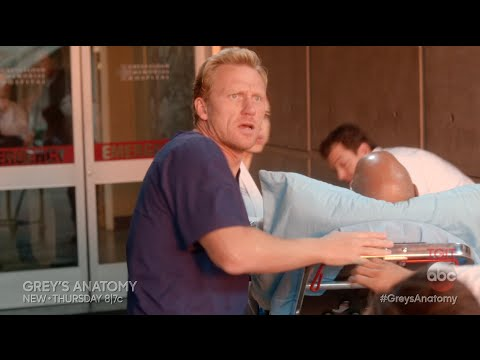 Ambulance Explosion Sneak Peek - Grey's Anatomy