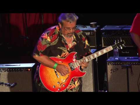 Video Steve Harper's performance at Guitar Center's King of the Blues 2006 download in MP3, 3GP, MP4, WEBM, AVI, FLV January 2017