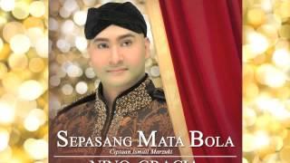 Nino Gracia - Sepasang Mata Bola (Official Audio)