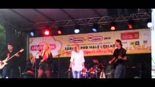 Video Lady DragonFly - Beautiful Mind (live @ Moravák)