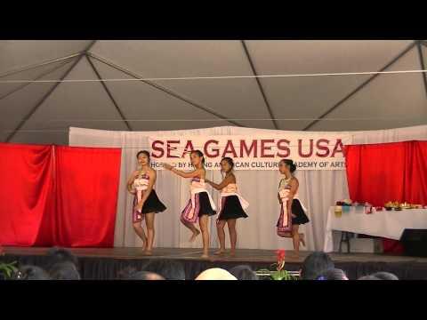 Hmong Sea Games 2012 - Nkauj Hmoob Koom Tes