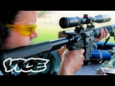 銃を手放せないアメリカの伝統 - Guns in the Sun