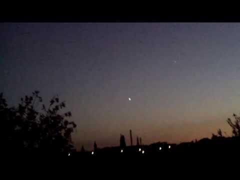 UFODI:  Best UFO Sightings 2013  –  Worldwide –  Happy New Year Everyone