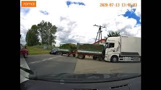 Drift traktorem po wymuszeniu pierwszeństwa – Wrocław