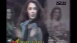 Adelina Ismaili - Tavolina E Gjorë - 1988