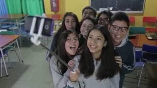 Trailer del Cortometraje Redes Sociales