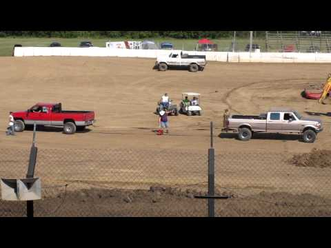 Cummins vs Powerstroke engine tug-of-war battle