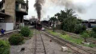 バンコク市内観光バンコクのSL蒸気機関車鉄道
