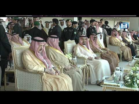 """#فيديو ::  أمام #الملك_سلمان .. الشاعر مشعل بن محماس يلقي قصيدة """"سيد العرب"""""""